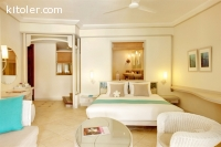 Hotel Booking / Accommodation